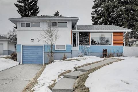 House for sale at 6015 Thornbank Dr Northwest Calgary Alberta - MLS: C4288506
