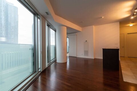 Apartment for rent at 12 York St Unit 602 Toronto Ontario - MLS: C5003634
