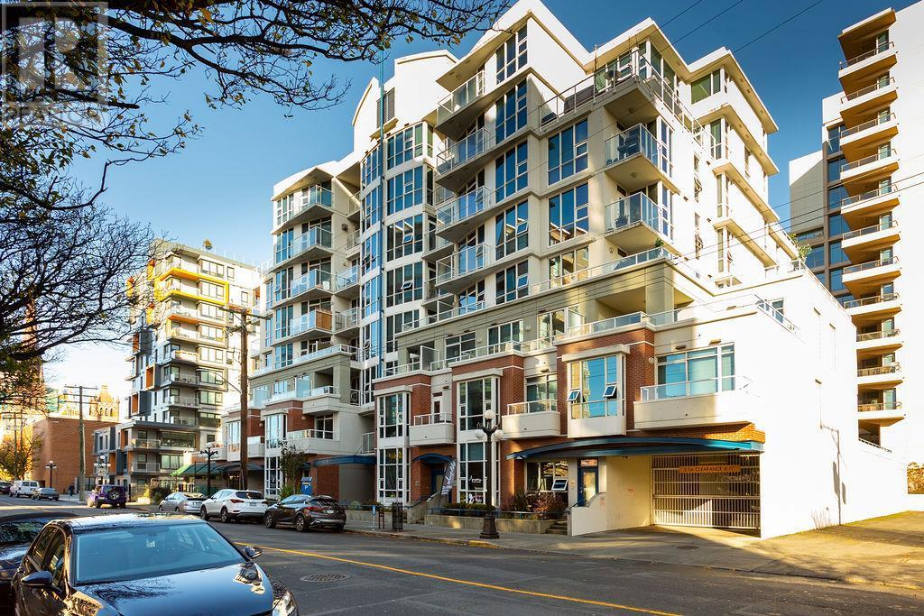 Buliding: 860 View Street, Victoria, BC