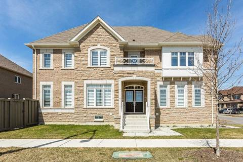 House for sale at 602 Remembrance Rd Brampton Ontario - MLS: W4420894