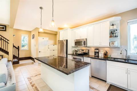 Townhouse for sale at 602 Keith Rd W North Vancouver British Columbia - MLS: R2417777