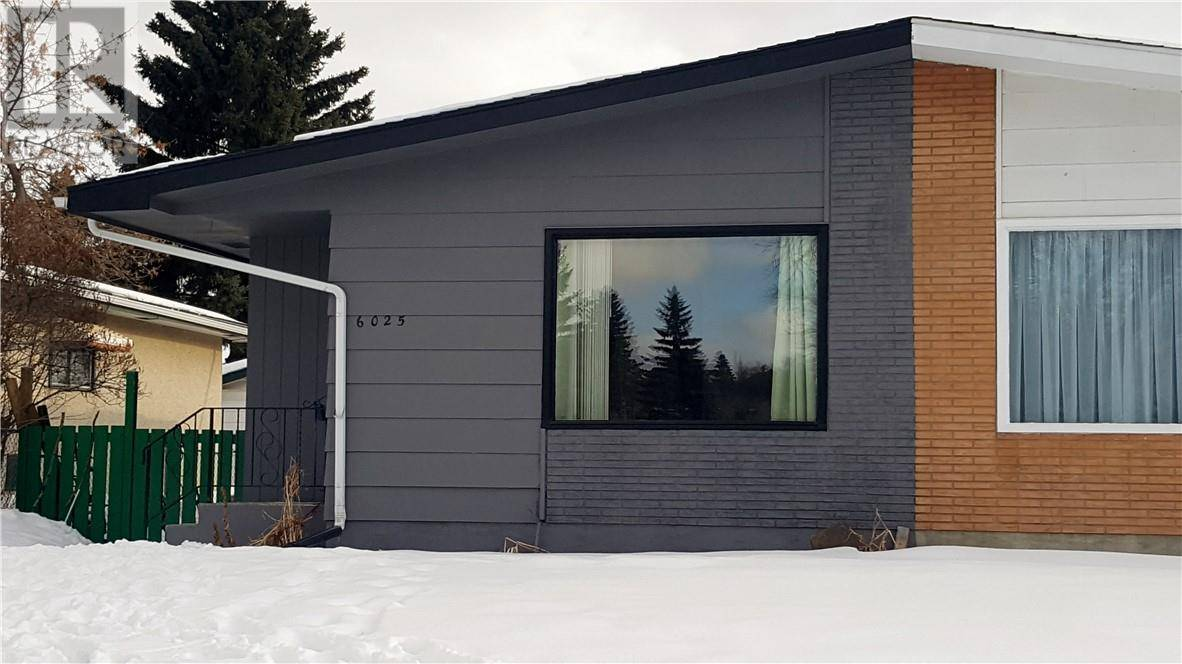 Townhouse for sale at 6025 59 St Red Deer Alberta - MLS: ca0190830