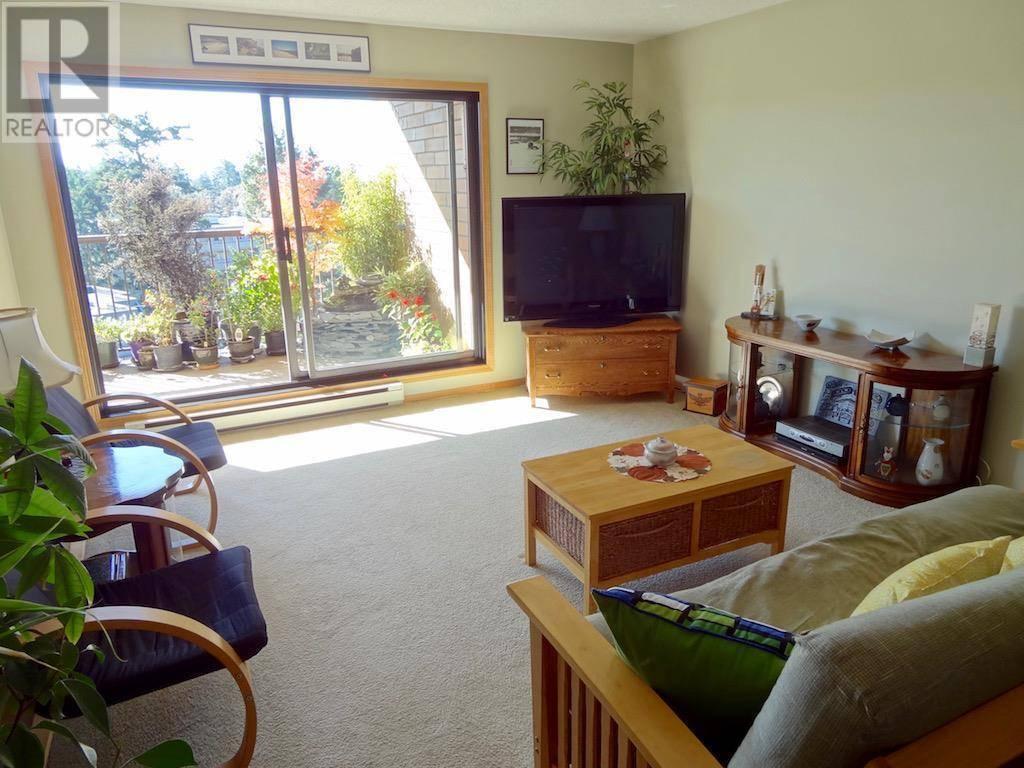 Condo for sale at 4030 Quadra St Unit 603 Victoria British Columbia - MLS: 417247