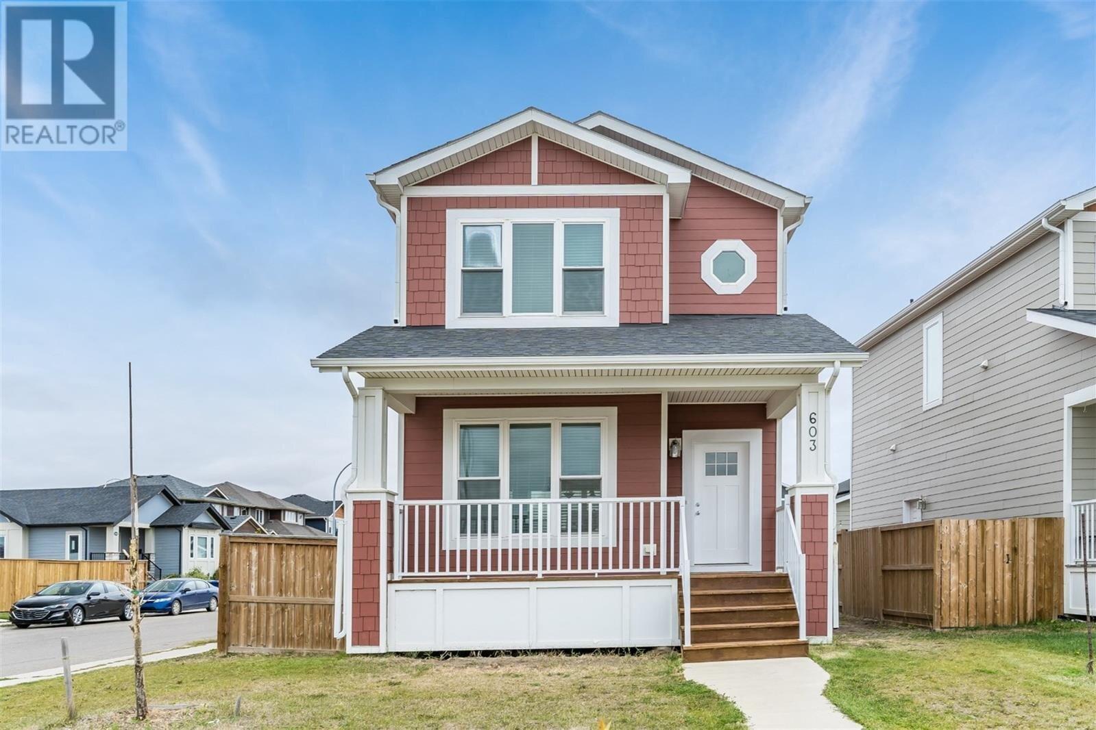 House for sale at 603 Meadows Blvd Saskatoon Saskatchewan - MLS: SK831262