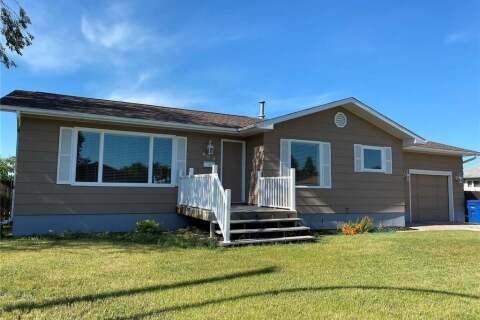 House for sale at 603 Stanley St Esterhazy Saskatchewan - MLS: SK816959