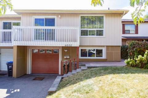 Townhouse for sale at 6032 Featherhead Cres Mississauga Ontario - MLS: W4923322