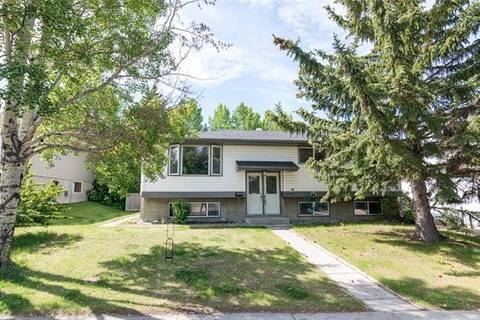House for sale at 6039 Dalcastle Dr Northwest Calgary Alberta - MLS: C4232337