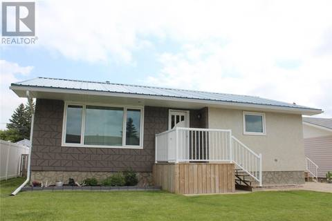 House for sale at 604 4th St W Wilkie Saskatchewan - MLS: SK750828