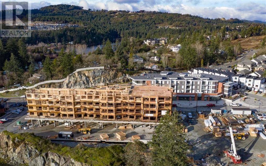 Condo for sale at 967 Whirlaway Cres Unit 604 Victoria British Columbia - MLS: 419010