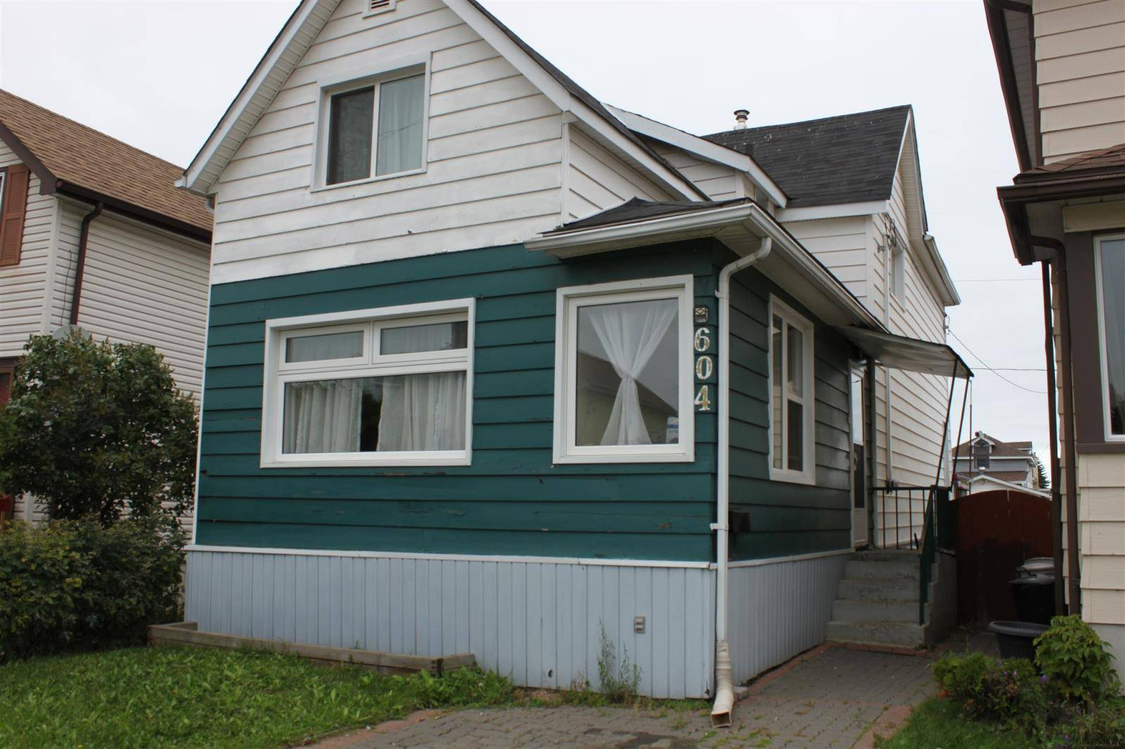 House for sale at 604 Mcleod St Thunder Bay Ontario - MLS: TB193082