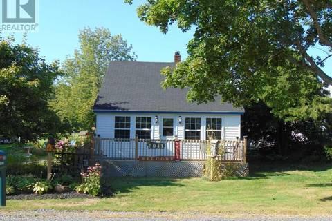 House for sale at 6041 12 Hy North Alton Nova Scotia - MLS: 201822918