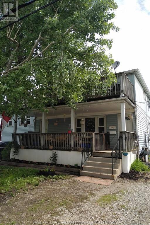Townhouse for sale at 605 Vanier  Windsor Ontario - MLS: 20004041
