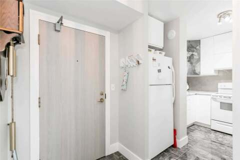 Condo for sale at 140 Dunlop St Unit 605 Barrie Ontario - MLS: S4813248