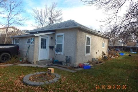 House for sale at 605 16 St N Lethbridge Alberta - MLS: LD0182700