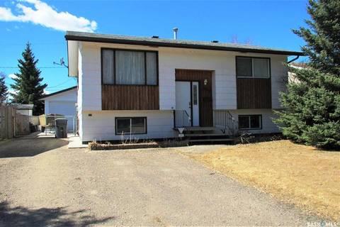House for sale at 605 3rd St W Meadow Lake Saskatchewan - MLS: SK790950