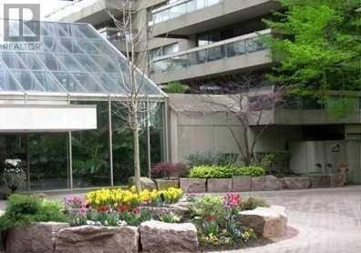 Apartment for rent at 63 St Clair Ave West Unit 605 Toronto Ontario - MLS: C4756450