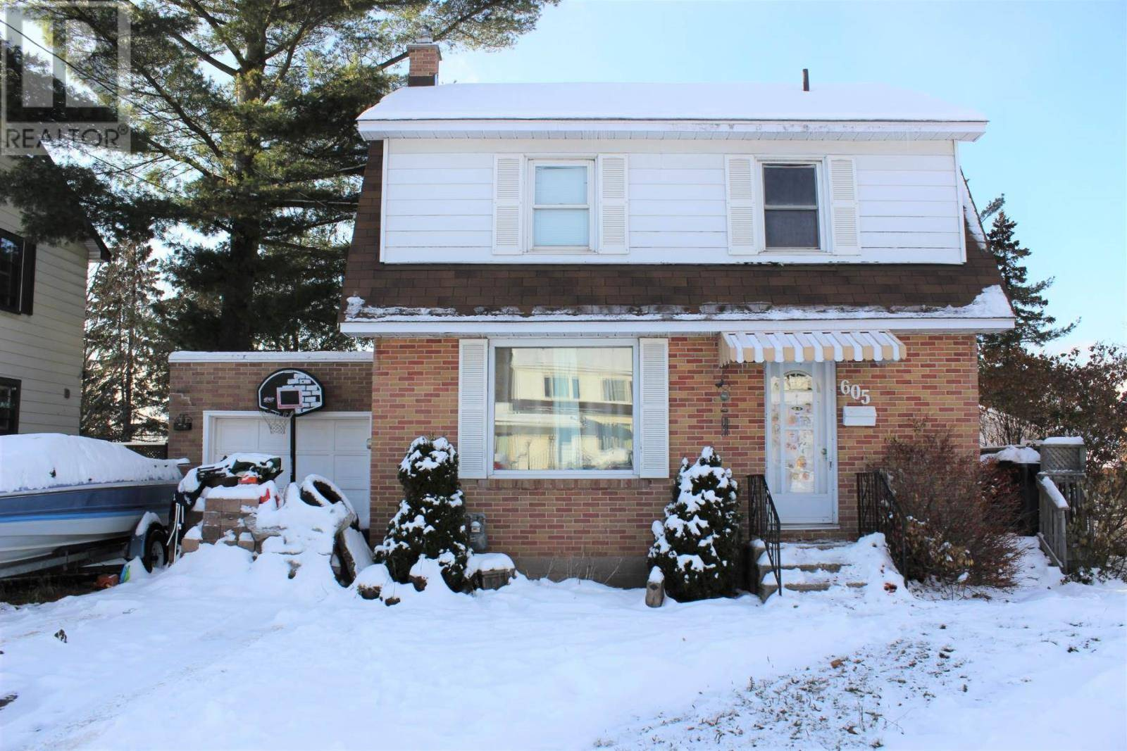 House for sale at 605 Bush St Sault Ste. Marie Ontario - MLS: SM127423