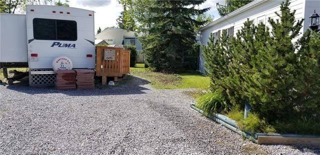 Home for sale at 605 Carefree Resort  Rural Red Deer County Alberta - MLS: C4266130