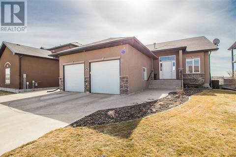 House for sale at 605 Jesmond Pt Sw Redcliff Alberta - MLS: mh0162831