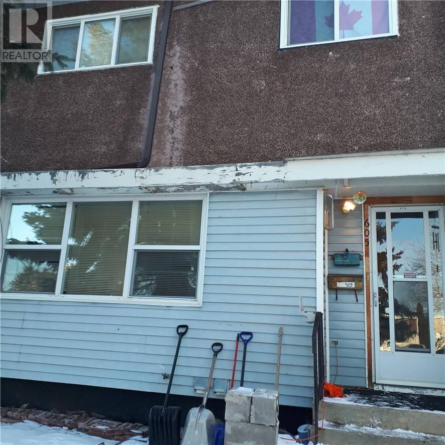 Townhouse for sale at 605 Terrace Pk Red Deer Alberta - MLS: ca0191000