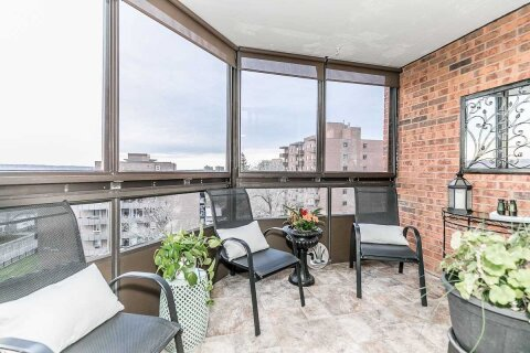 Condo for sale at 181 Collier St Unit 606 Barrie Ontario - MLS: S4997159