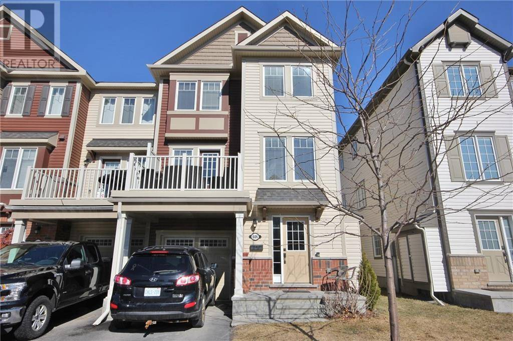 Townhouse for sale at 606 Foxlight Circ Ottawa Ontario - MLS: 1187741