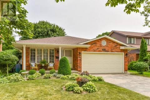 House for sale at 606 Hunters Pl Waterloo Ontario - MLS: 30750774