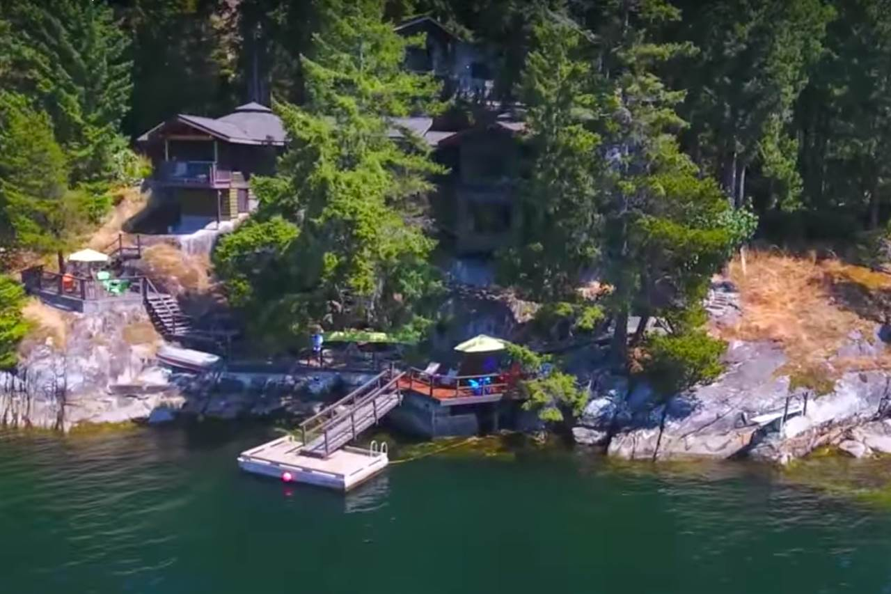 For Sale: 6067 Coracle Drive, Sechelt, BC | 4 Bed, 3 Bath House for $2,498,000. See 19 photos!