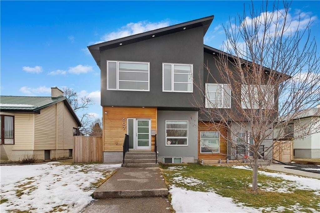 Townhouse for sale at 607 21 Av NE Winston Heights/mountview, Calgary Alberta - MLS: C4287516