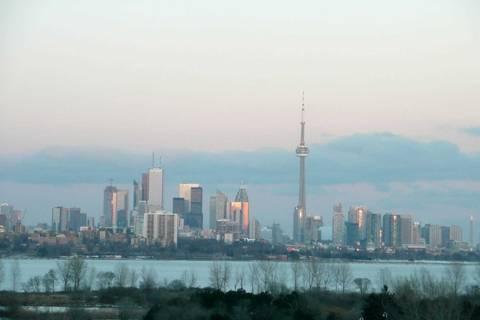 Apartment for rent at 2240 Lake Shore Blvd Unit 607 Toronto Ontario - MLS: W4479528