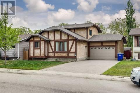 House for sale at 607 Nordstrum Rd Saskatoon Saskatchewan - MLS: SK774082