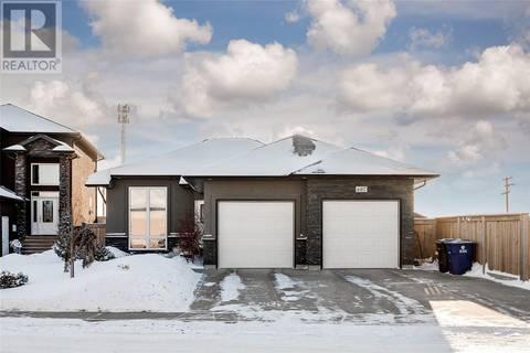House for sale at 607 Patrick Cres Saskatoon Saskatchewan - MLS: SK797114