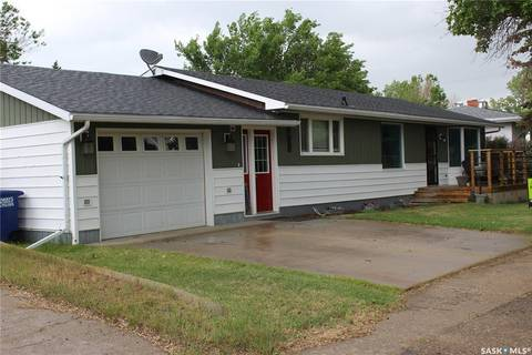 House for sale at 607 Railway St Eastend Saskatchewan - MLS: SK804846