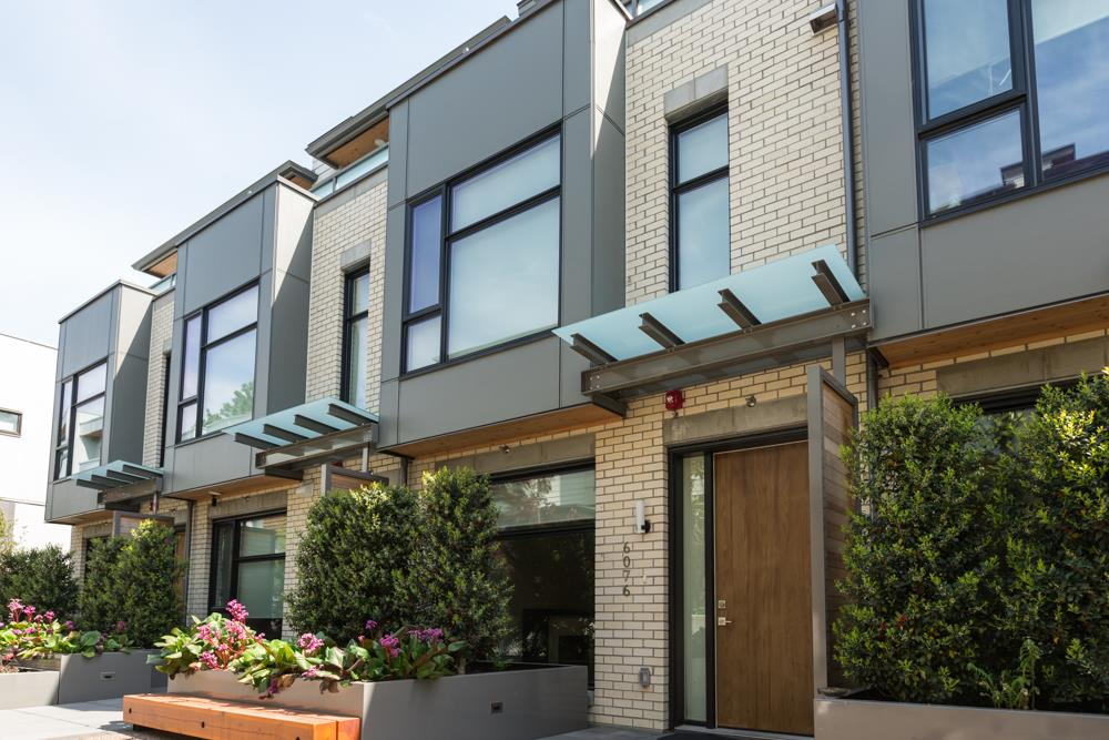 For Sale: 6076 Oak Street, Vancouver, BC   3 Bed, 4 Bath Townhouse for $1,968,000. See 20 photos!