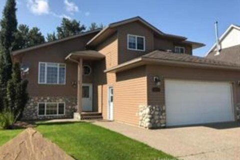 House for sale at 608 10 St Fox Creek Alberta - MLS: A1050007