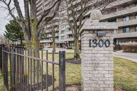 Condo for sale at 1300 Mississauga Valley Blvd Unit 608 Mississauga Ontario - MLS: W4739244