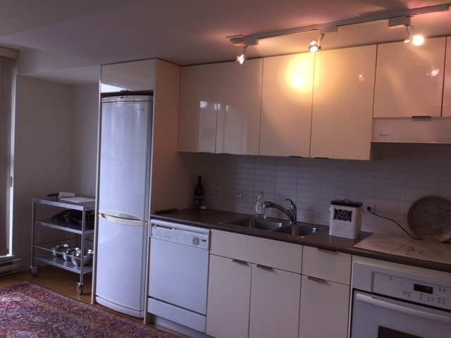 For Sale: 608 - 168 Powell Street, Vancouver, BC | 1 Bed, 1 Bath Condo for $582,888. See 5 photos!