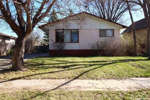 House for sale at 608 Broadway Ave Moosomin Saskatchewan - MLS: SK808258