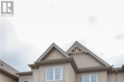 Townhouse for sale at 608 Julia Dr Welland Ontario - MLS: 40032721