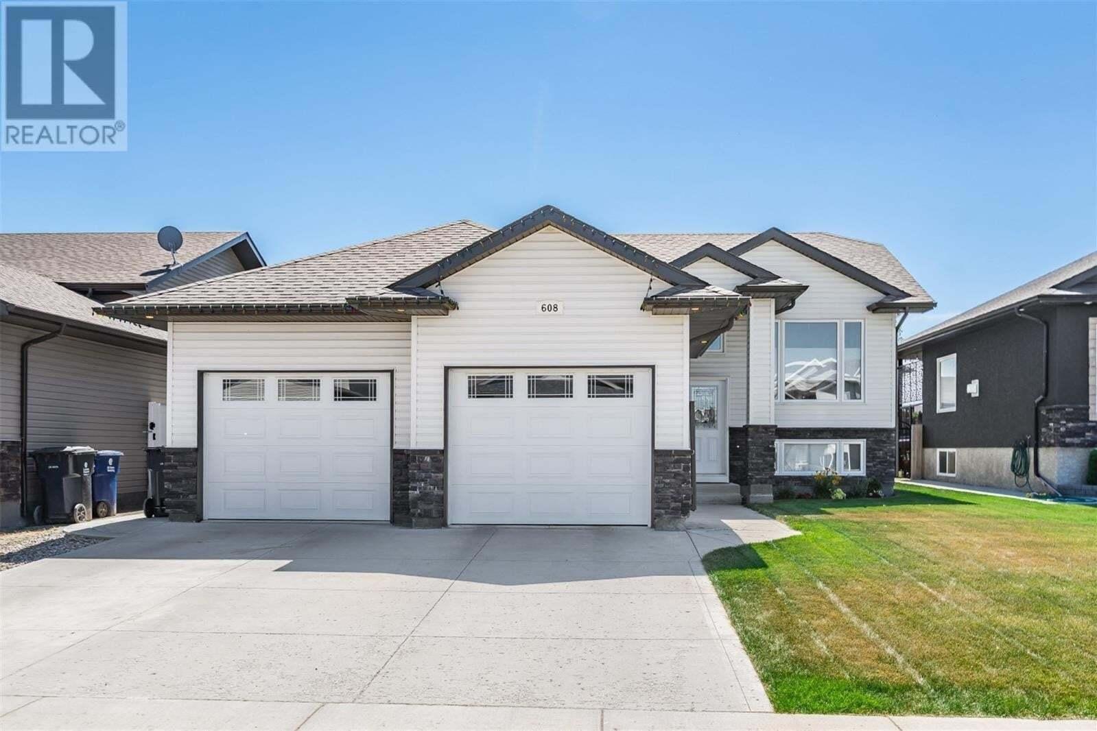 House for sale at 608 Reimer Rd Martensville Saskatchewan - MLS: SK820975