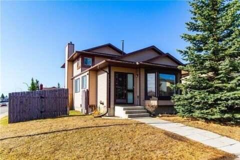 House for sale at 6089 Martingrove Rd Northeast Calgary Alberta - MLS: C4294650