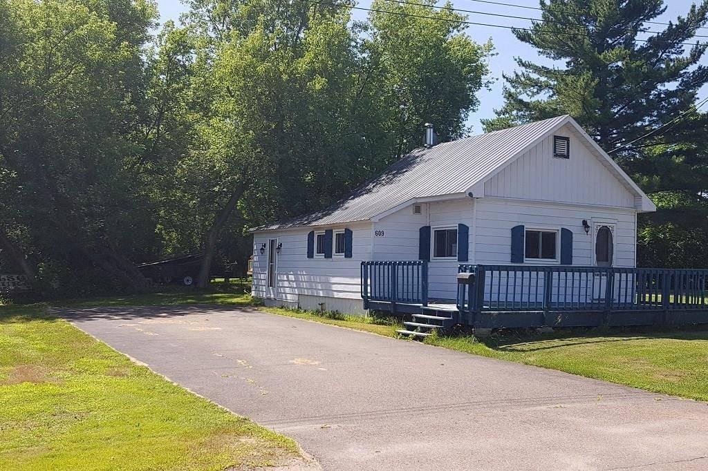 House for sale at 609 Elgin St Pembroke Ontario - MLS: 1161577