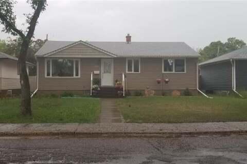 House for sale at 609 Grey St Regina Saskatchewan - MLS: SK798261