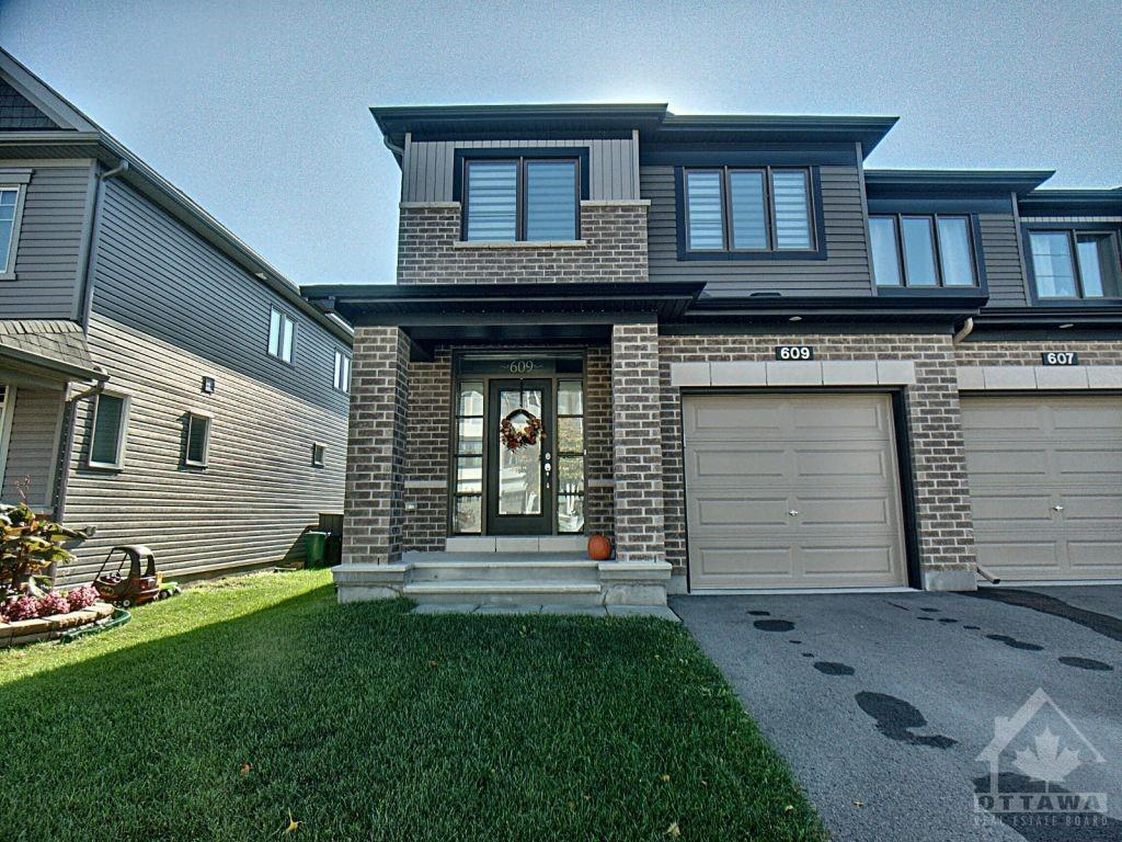 Removed: 609 Lauraleaf Crescent, Nepean, ON - Removed on 2020-10-26 00:00:25