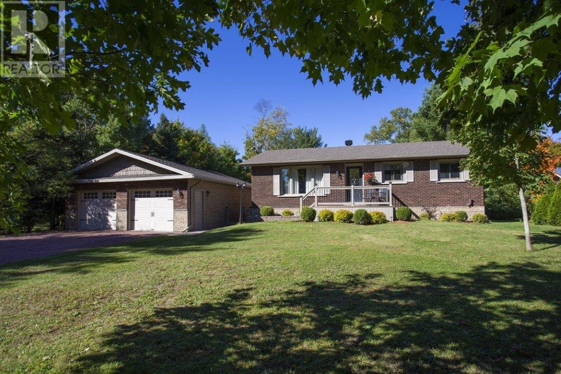 House for sale at 609 Old Goulais Bay Rd Sault Ste. Marie Ontario - MLS: SM130064
