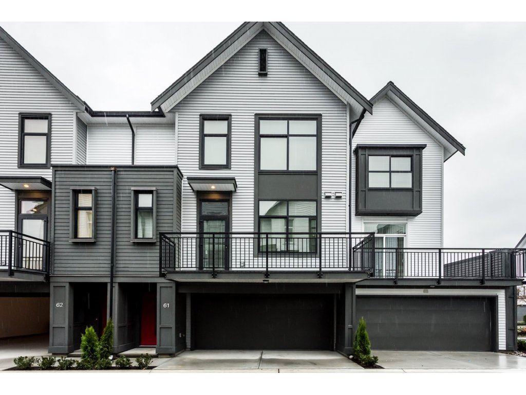 Buliding: 17555 57a Avenue, Surrey, BC