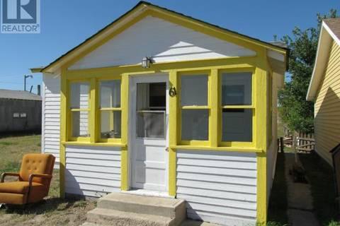 House for sale at 61 1st Ave W Shaunavon Saskatchewan - MLS: SK791076
