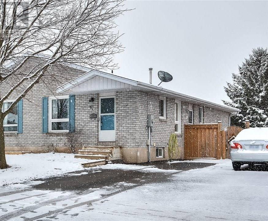 House for sale at 61 Branlyn Cres Brantford Ontario - MLS: 30797207