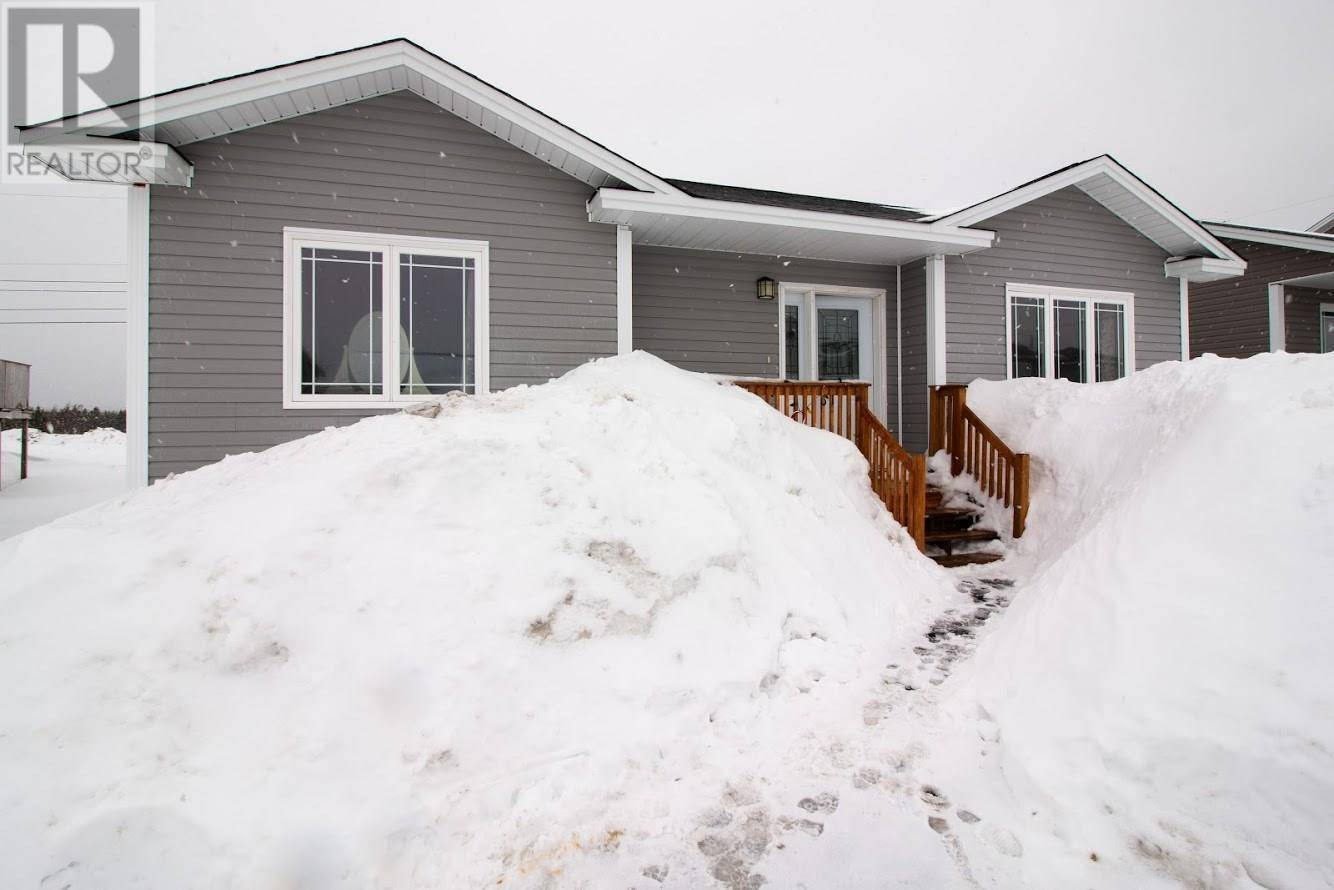 House for sale at 61 Finlaystone Dr Mt. Pearl Newfoundland - MLS: 1211471