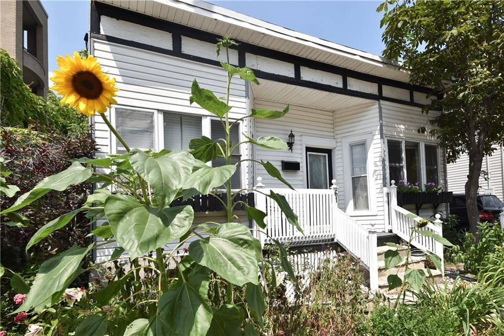 Home for sale at 61 Harvey St Ottawa Ontario - MLS: 1171811
